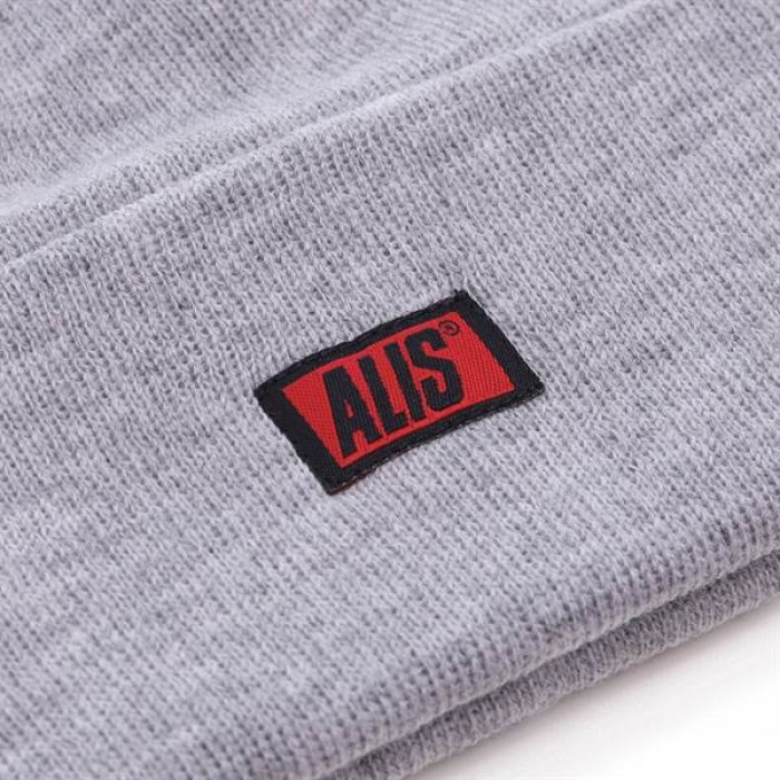 AlisClassicBoxLogoLowBeanie-01